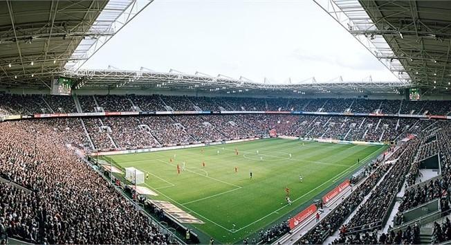 Resultado de imagem para Borussia Monchengladbach estadio